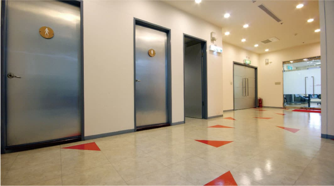 mall viynle flooring